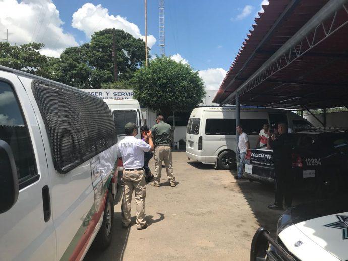 JUEZ Jorge Ariosto Velázquez Avendaño, libera en Coatzacoalcos  a dos polleros que traficaban con 52 centroamericanos         Polleros-690x518