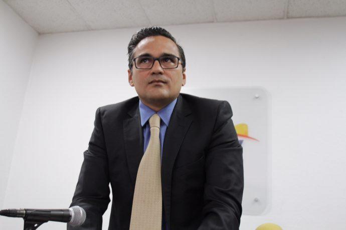 Cuitláhuac solicita al Congreso quitarle dos helicópteros y terrenos al fiscal Winckler Tgre-690x460
