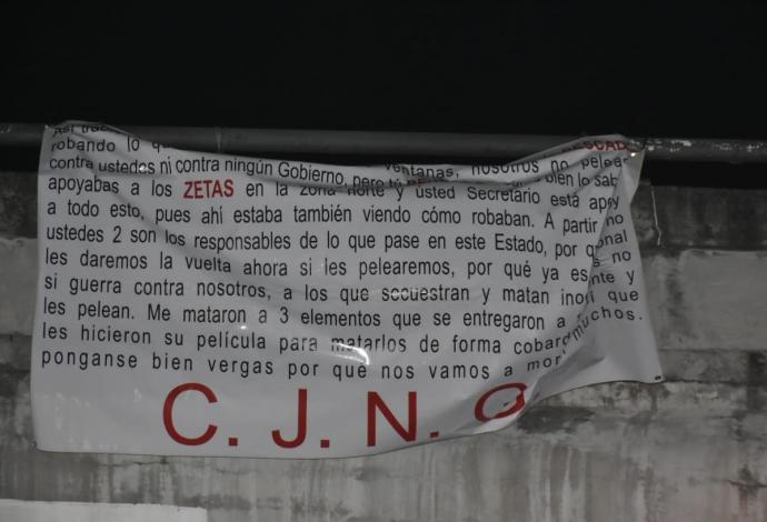 Aparecen narcomantas del CJNG en el puerto de Veracruz donde