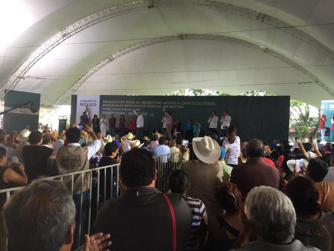 Conmemora AMLO Día de la Marina, en Veracruz