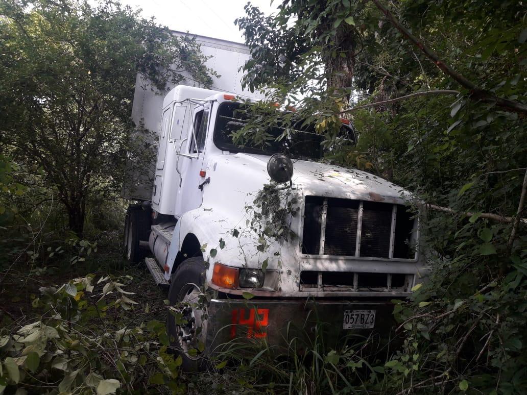 Localiza Fuerza Civil tres vehículos con reporte de robo, en Tierra Blanca - plumas libres